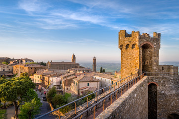 Medieval fortress wall view from the tower. Montalcino, Italy. Fototapete