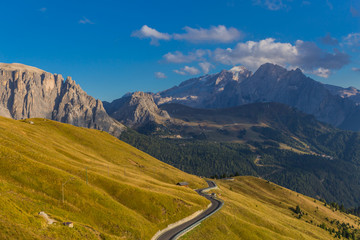 Canvas Prints New Zealand Unterwegs am Passo Sella in den Südtiroler Alpen