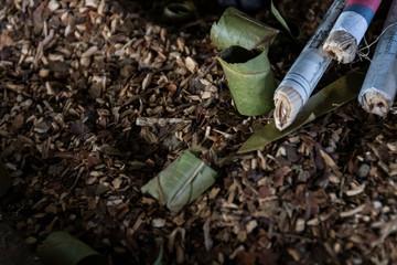 Hojas de tabaco para fabricación de cigarrillos. Birmania