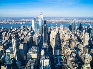 ニューヨーク ハドソン川とマンハッタンの町並み