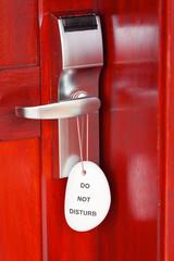 porte fermée, ne pas déranger, do not disturb