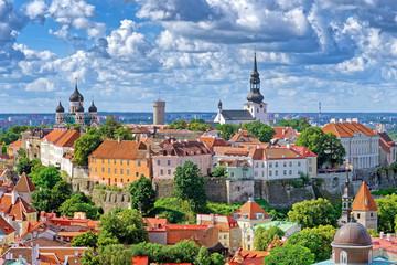 Blick auf Domberg mit Alexander-Newski-Kathedrale, Tallinn, Estland