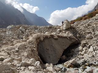 Nepal langtang villlage earthquake rubbish