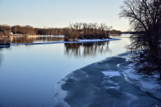 Water reflections on the Mississippi River in winter
