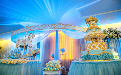 Birthday Cake ot table
