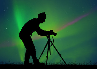 come and take pictures of the northern lights