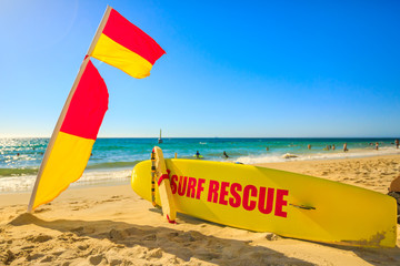 Staande foto Oceanië Surf Rescue at Cottesloe Beach in Western Australia the Perth's most famous town beach in Indian Ocean. Popular summer holidays destination in Australia. Outdoors activity.