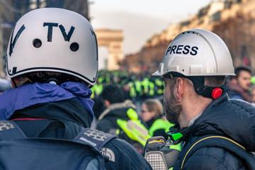 Journaliste reporter Télévision et photographe de presse