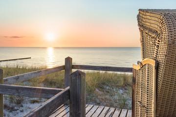 Wall Mural - Sonnenuntergang an der Ostsee