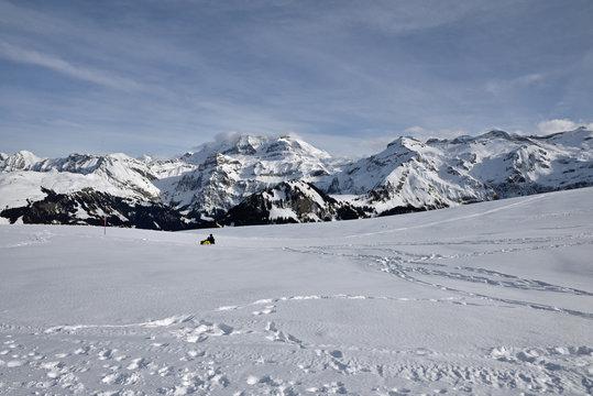 Glisser en luge dans l'Oberland bernois, Suisse