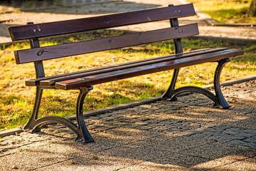 park bench in autumnal sun
