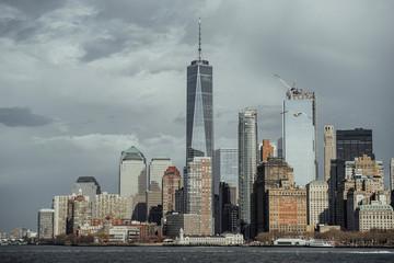 Skylinie New York from Staten Island Ferry