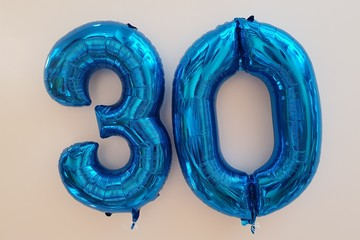 Ballons Zahl 30 blau
