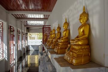 タイ お寺 イメージ