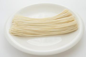 半生ストレート中華麺