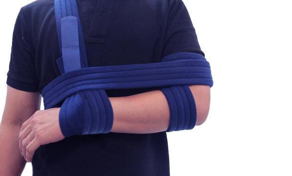 Shoulder immobilizer color icon. Sling and swathe. Broken arm, shoulder injury treatment. Arm fix brace.