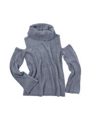 rollkragen pullover schulterfrei grau isoliert auf weissem hintergrund