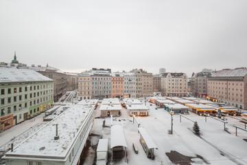 Snow on market square. Schnee auf Marktplatz.