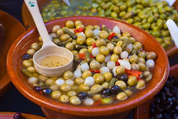 mallorquinischer Olivensalat