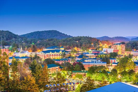 Boone, North Carolina, USA campus and town skyline