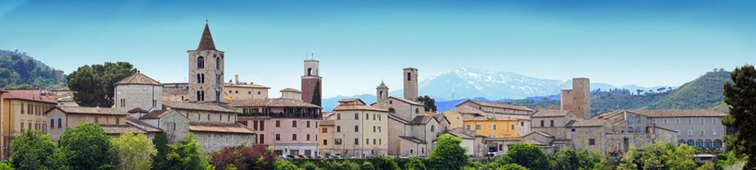 Ascoli Piceno, veduta del centro storico.