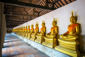 Gold Buddha statues, Wat Phutthaisawan temple, Ayutthaya, Thailand