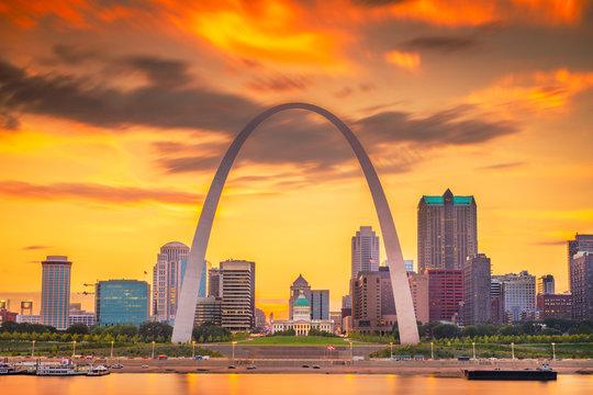 St. Louis, Missouri, USA downtown cityscape