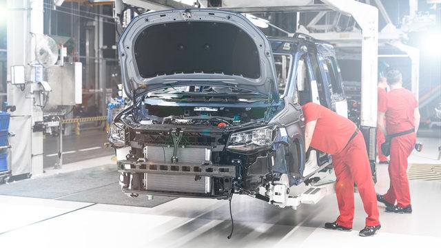 Produkcja Samochodów - Przemysł - Linia produkcyjna