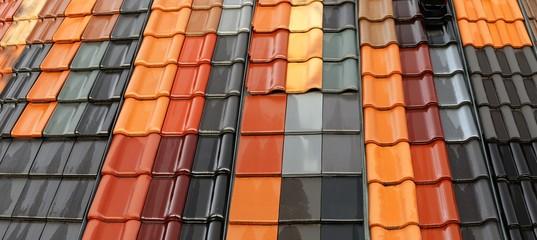 Obraz Neue Dachziegel in verschiedenen Farben - fototapety do salonu