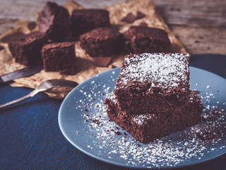 best homemade brownies ever decoraded with powdered sugar