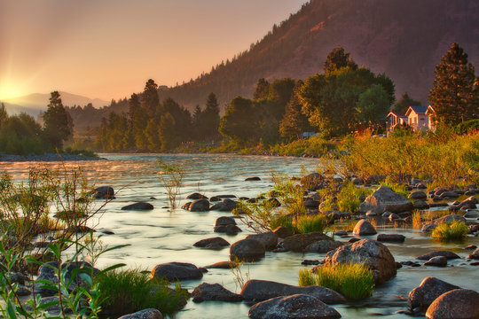 Sunrise over the Wenatchee River during summer fires in North Central Washington