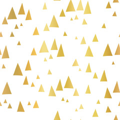 Scattered gold foil triangles on white seamless vector pattern. Abstract geometric background. Abstract mountain landscape in elegant shiny metallic foil. For cover, cards, poster, page fill, decor.