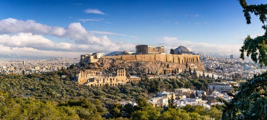 Recess Fitting Athens Panoramablick auf den Parthenon Tempel der Akropolis in Athen mit leichtem Schnee im Winter
