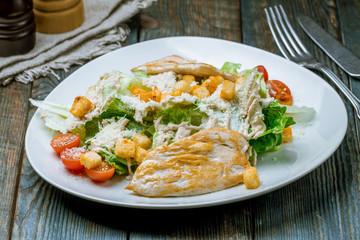 Salad caesar with chicken