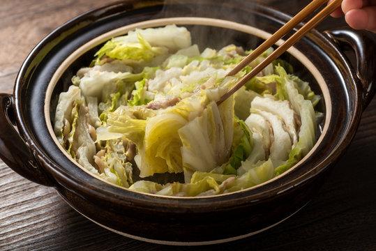 白菜と豚バラ肉の鍋