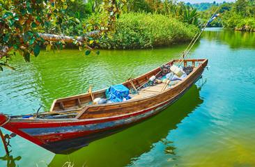 Foto op Plexiglas Asia land Fishing boat in mangroves, Kangy river, Myanmar