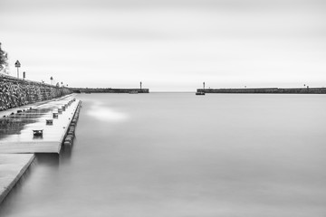 Long exposure harbour photography - black and white