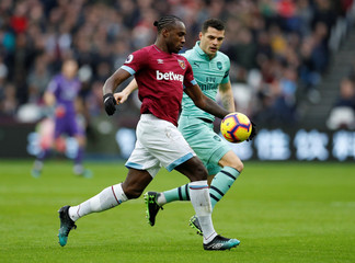 Premier League - West Ham United v Arsenal