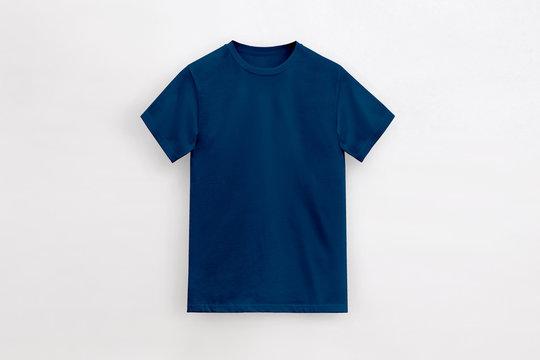 Un-branded Royal navy t-shirt man