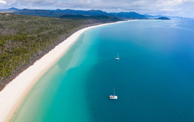 Photo sur Plexiglas Océanie Whitehaven Beach - Whitsunday Island North Queensland Australia. Whitehaven beach is one of the most famous in the work
