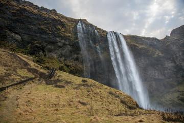 Islandia. Cascada de agua Wall mural