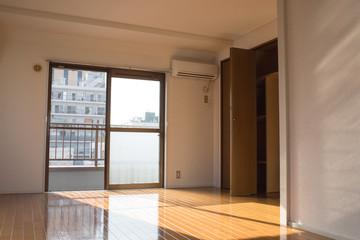 Empty apartment room for rent 賃貸アパートの空室