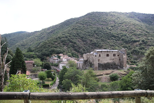 Village fortifié