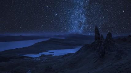 Fototapete - Milky way over Old Man of Storr at night, Scotland, UK