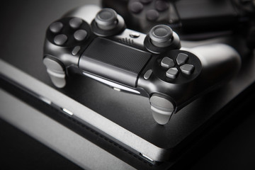 Fotoväggar - Gaming console and controller