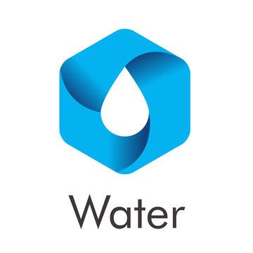 Logotipo con texto Water con hexágono con gota en espacio negativo en gradiente azul