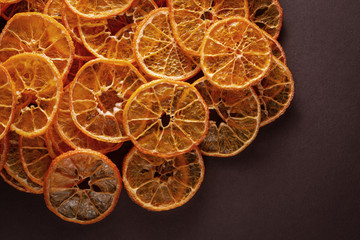 Sliced and dried candied citrus fruit