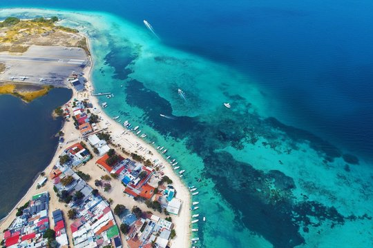 Los Roques, Carribean sea. Fantastic landscape. Aerial view of paradise island with blue water. Great caribbean beach scene