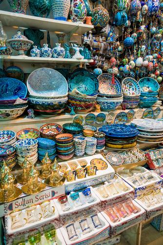 Turkish decorative porcelain in the Grand Bazaar, Istanbul