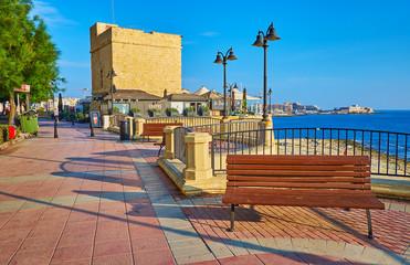 The medieval tower in Sliema, Malta Fototapete
